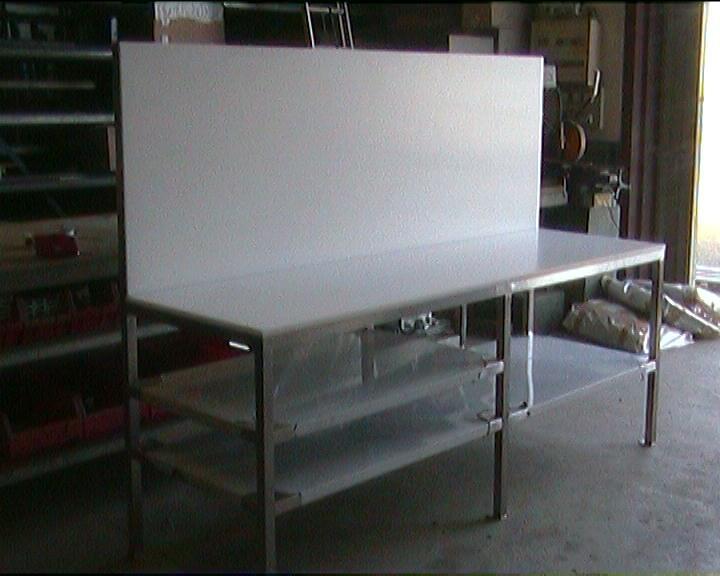 Galerie industrie g2p chaudronnerie for Plan de travail inox professionnel