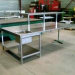 Table inox avec plonge intégrée